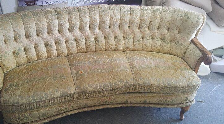 kanapa przed